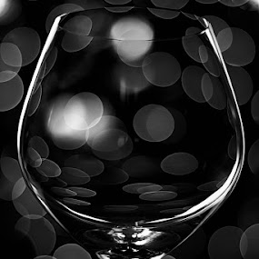 Bokeh Hors d'âge by Javier Luces - Artistic Objects Glass ( b&w, black and white, art, glass, cognac, bokeh )