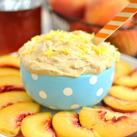 Sweet Tea Fruit Dip with Peaches