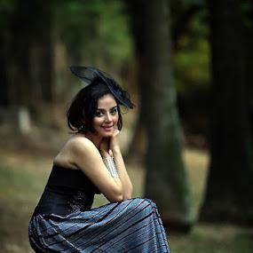 PUTRI by Syaiful Anwar - People Portraits of Women