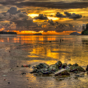 Waterscapes @ HDR by Fazrul Mustaqim - Landscapes Waterscapes ( hdr, sunset, sea, rock, waterscapes, stones )