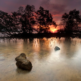 by Ledon Jasper Samoranos - Landscapes Waterscapes
