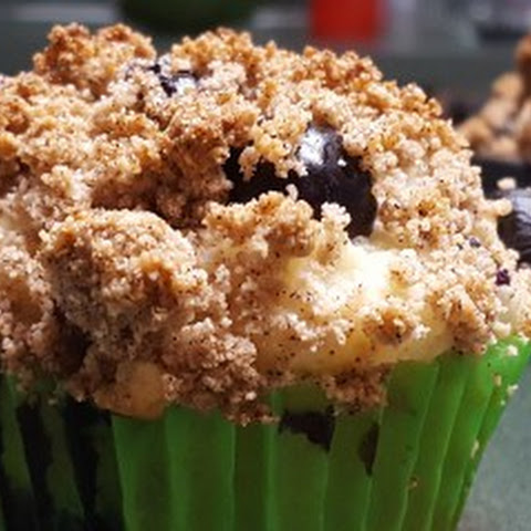 Gluten Free/Sugar Free Blueberry Muffins with Streusel Topping