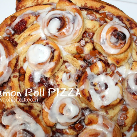 ~Cinnamon Roll Pizza!