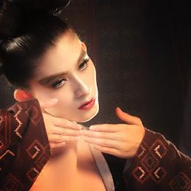 AVANT GARDE by Dian Mao - People Fashion
