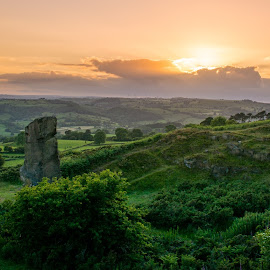 Sunset at Alport Heights by Stuart Lilley - Landscapes Sunsets & Sunrises ( sunsets, sunset, landscapes, landscape, derbyshire,  )