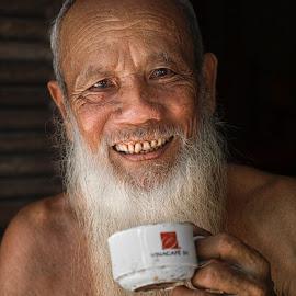 by Sơn Hải - People Portraits of Men