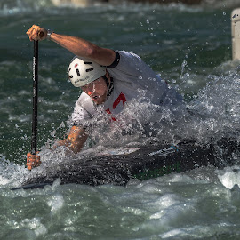 Attacking by Mike Watts - Sports & Fitness Watersports ( canoe, kayak, whitewater )