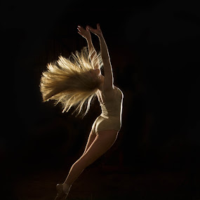 by SumPics Photography - People Portraits of Women ( long hair, northwest arkansas, blog, photo, photography, flying, sumpics.com, blonde, woman, reaching, photographer, leaping, dancer )
