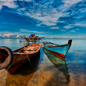 by Jomandi Loka - Transportation Boats