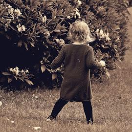 One  with  nature by Gordon Simpson - Babies & Children Children Candids