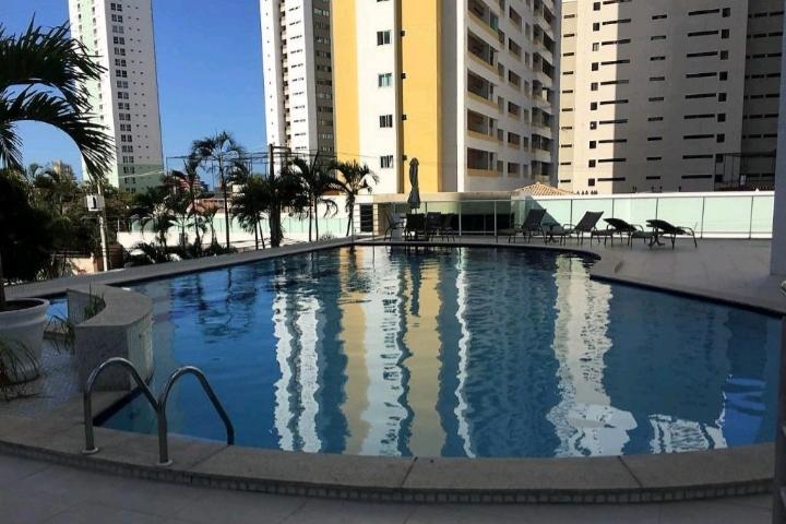 Apartamento com 3 dormitórios à venda, 156 m² por R$ 800.000,00 - Jardim Luna - João Pessoa/PB