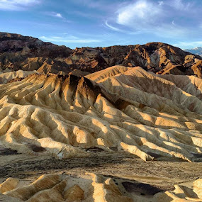 Sunrise at Zabriskie Point. Off to a great start. by Randi Hodson - Instagram & Mobile iPhone (  )