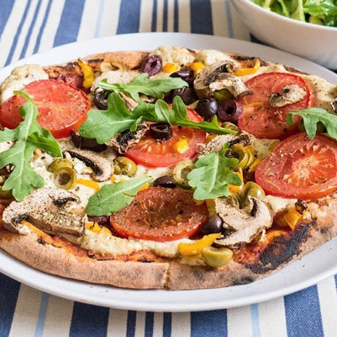 Veggie Pizza With Sunflower Seed Cheese [Vegan]