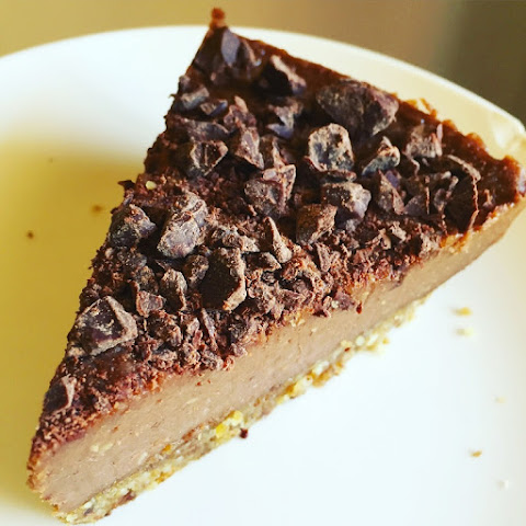 Healthy ​Chocolate Cheesecake
