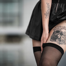 Chiara - Details by Luca Foscili - People Body Art/Tattoos ( skirt, model, valar morghulis, art, beautiful, beauty, ink, stockings, glamour, skull, girl, hands, d800, woman, outdoors, inked, legs, luca foscili, nails, tattoo, leather )