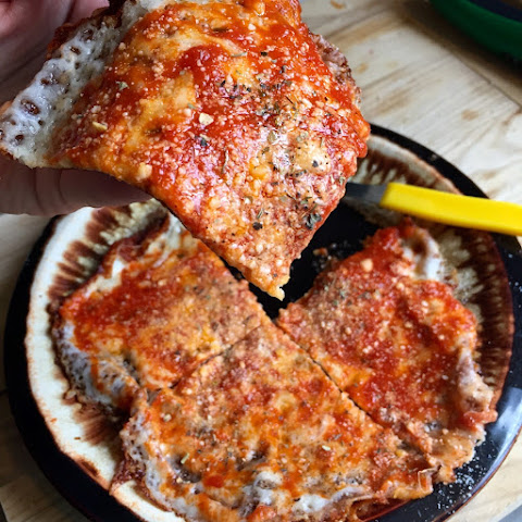 Rhode Island 5-Minute Fried Pizza