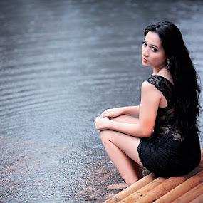 UNTITLED 22 by Satriyo Andoyo - People Portraits of Women ( model jakarta )
