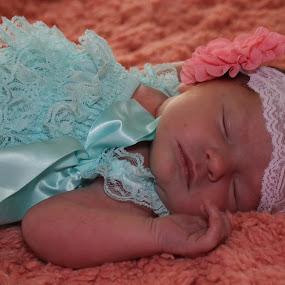 Newborn in Peaceful Sleep by Mike Zegelien - Babies & Children Babies ( newborn photography, colors, baby girl, sleeping, baby, newborn )
