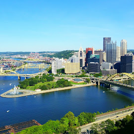 Pittsburgh  by Travis Houston - City,  Street & Park  Skylines