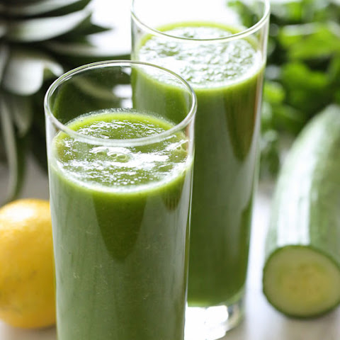 Cucumber, Parsley, Pineapple and Lemon Smoothie