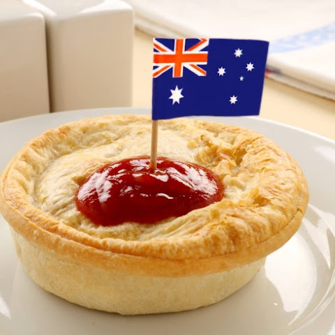 Aussie Meat Pie (Four and Twenty)