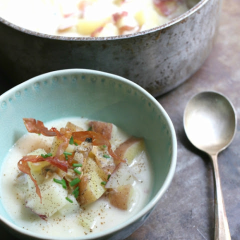 Clam Chowder with Crispy Prosciutto Ribbons