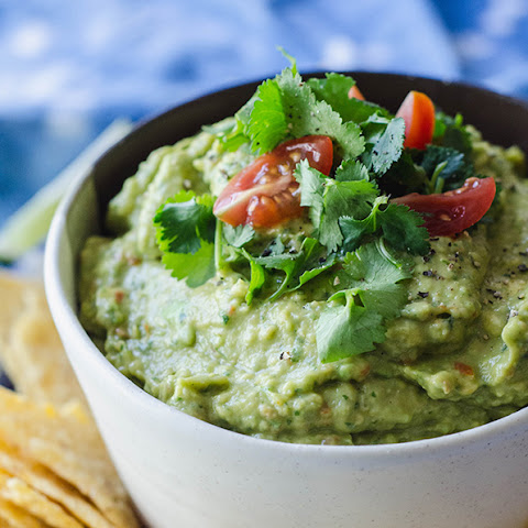 Quick & Easy Homemade Guacamole
