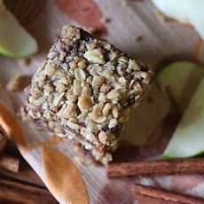 Apple Butter Bars with Walnut Oat Crumble