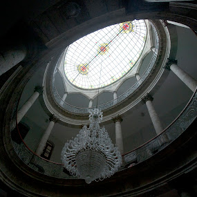 Theater by Cristobal Garciaferro Rubio - Buildings & Architecture Other Interior ( detail, theate, guadalajara's theater, lamp, dome )