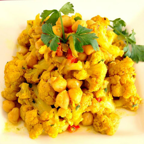 Curry Cauliflower & Channa