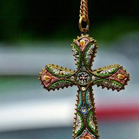 by Ciprian Apetrei - Artistic Objects Jewelry ( artistic object, brittany, bokeh, religious, cross )