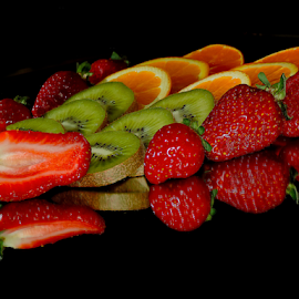 citrus with strawberry by LADOCKi Elvira - Food & Drink Fruits & Vegetables