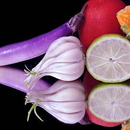 GARLIC by SANGEETA MENA  - Food & Drink Ingredients
