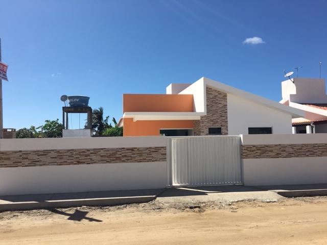 Casa 3 quartos, alto luxo, piscina e churrasqueira, apenas 300 metros da Praia do Amor!