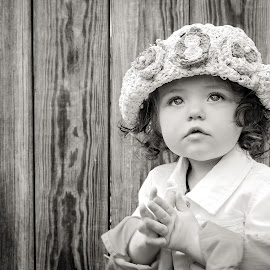 Lily by Tony Bendele - Babies & Children Child Portraits ( child, happy, children, smile, people, portrait, hat, eyes )