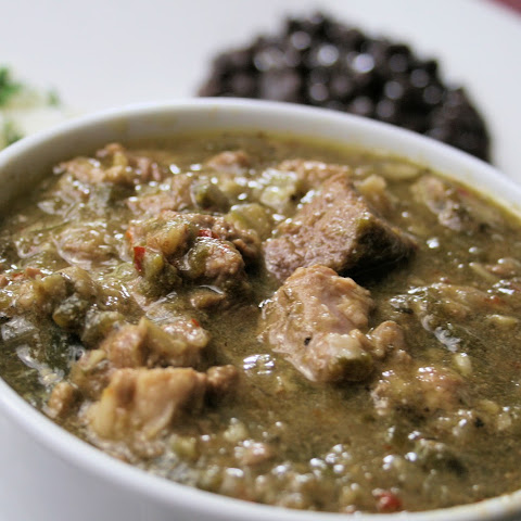 Traditional New Mexican Style Guisado de Chile Verde (Green Chile Stew)