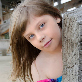 Beach beauty by Cathi Duck - Babies & Children Child Portraits ( child, beach,  )