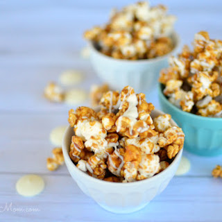 White Chocolate Drizzled, Honey, Cinnamon Caramel Popcorn