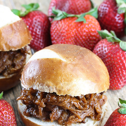 Slow Cooker Strawberry-Chipotle BBQ Pulled Pork