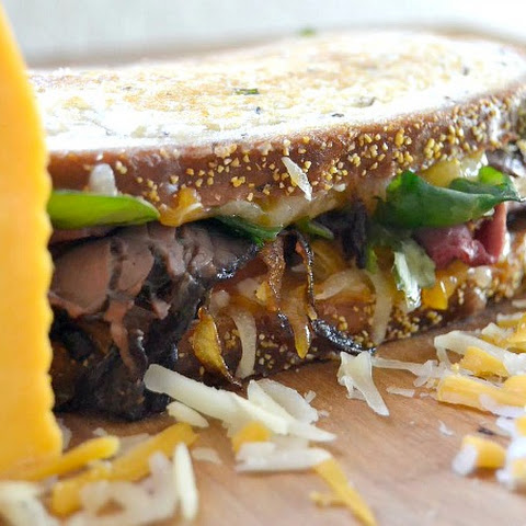 The Ultimate Grilled Cheese Roast Beef and a Giveaway!