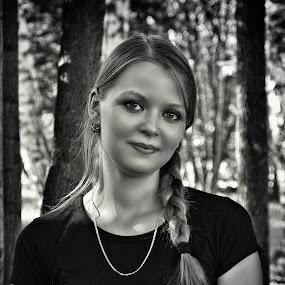 Nika by Sergey Kuznetsov - Black & White Portraits & People ( woman, beauty, young, model, girl )