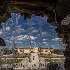 Vienna - Schönbrunn 2-2.jpg