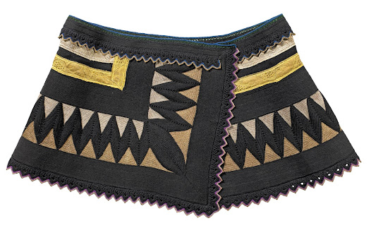 The dazzling zigzag patterns used on this belt were designed to ward off evil spirits.
