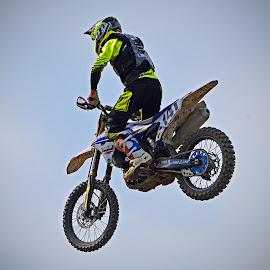 Landing Approach by Marco Bertamé - Sports & Fitness Motorsports ( flight, landing, motocross, number, race, alone, 741, jump )