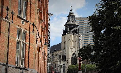 photo de Notre Dame de la Chapelle (Communauté Catholique Polonaise)