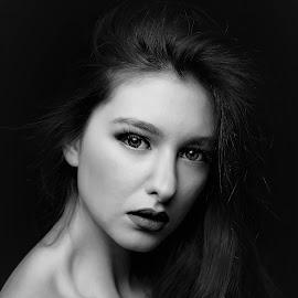 by Adriano Ferdinandi - Black & White Portraits & People
