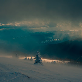 Sky meet land by George Mihes - Landscapes Weather ( clouds, wind, mountains, winter, sky, cold, snow, trees, sun )