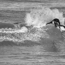 Wave Carve by Nancy Arehart - Sports & Fitness Surfing ( spray, surfing, black and white, north carolina )