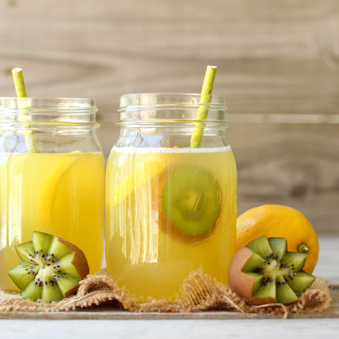 Fruit-Sweetened Lemonade + GIVEAWAY
