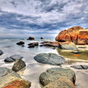 Telok Chempedak 2 by Mohd Roslan Hisam - Landscapes Waterscapes (  )